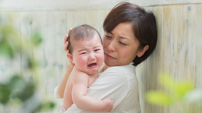 新生児 ギャン 泣き