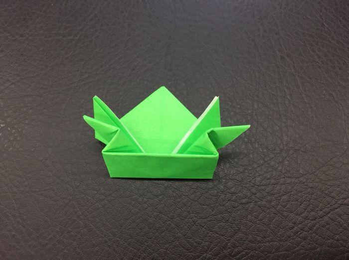 折り紙カエル折り方