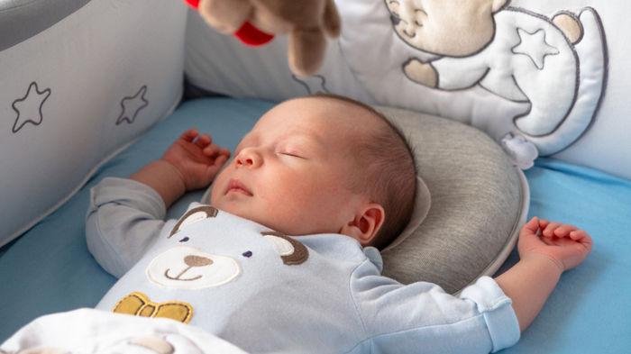 ヶ月 赤ちゃん 睡眠 時間 4