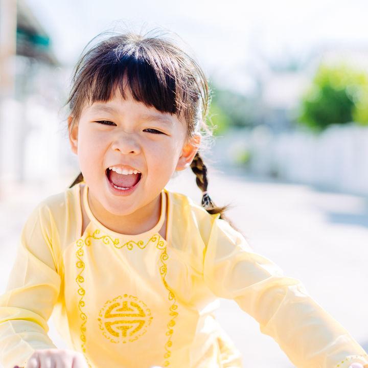 子どものヘアアレンジ。簡単にできるロングヘアの女の子の髪型