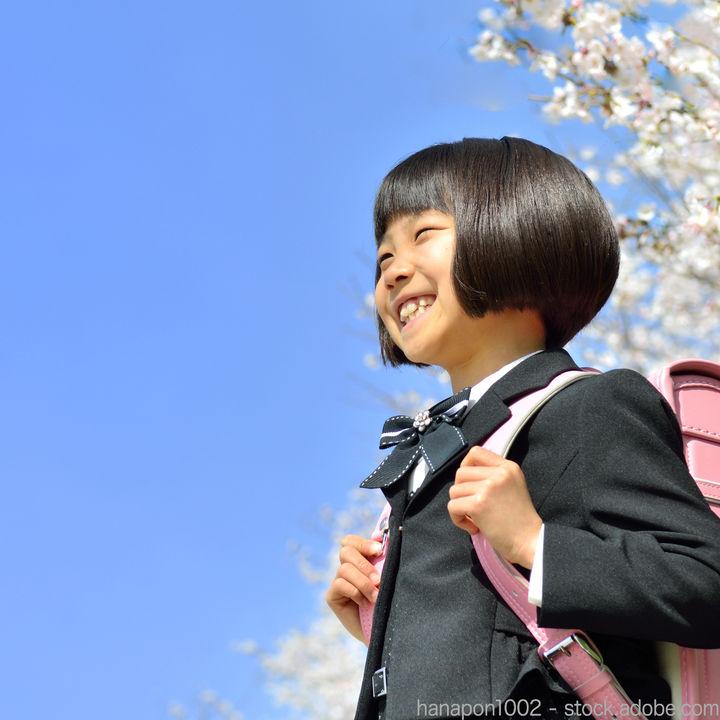 入学式の女の子のコーディネート。服装を選ぶポイントとは