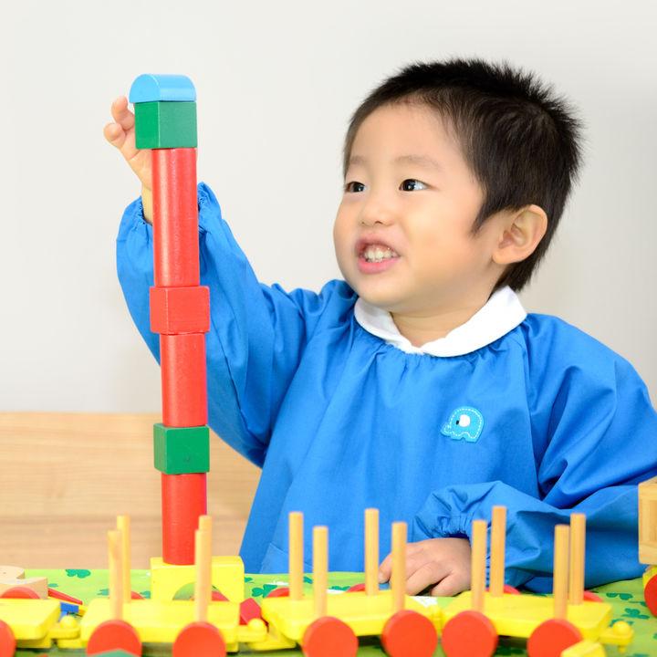保育園のスモックは何枚必要?サイズ選びやデコレーションの仕方など
