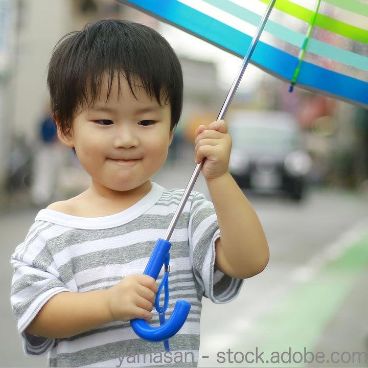 子どもの傘の選び方。サイズや機能、デザインなど意識したこと