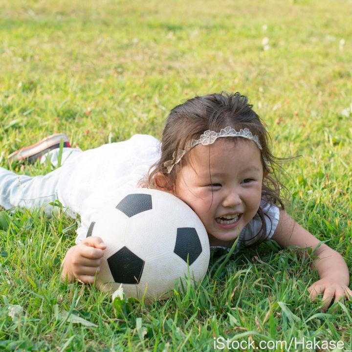 親子で楽しむサッカー教室。練習のメニューや意識したこと