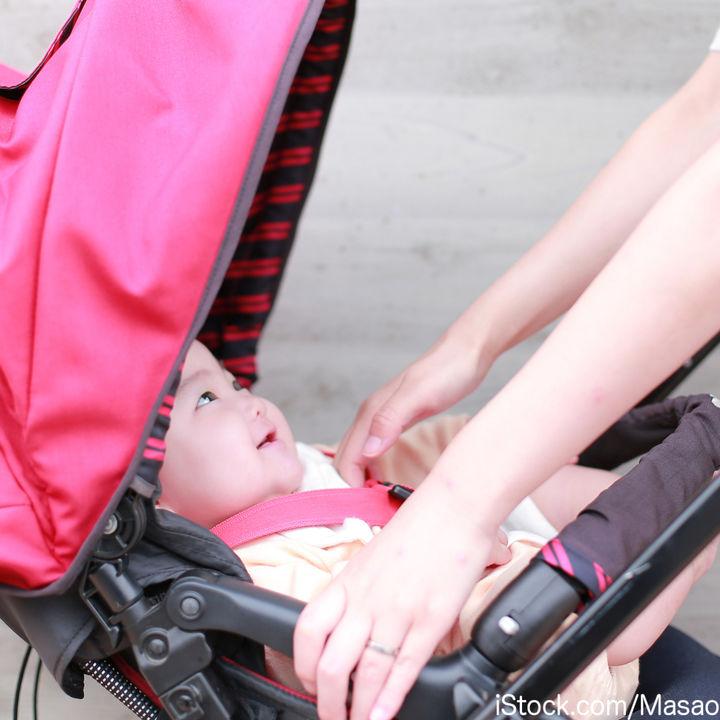 生後4ヶ月頃のベビーカー。角度はつけてもよい?泣くときの対処法は