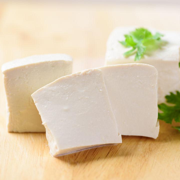 離乳食に豆腐を取り入れよう。時期別の進め方やレシピについて