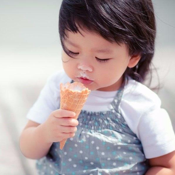 アイス、チョコ、炭酸飲料は何歳から?幼児期の子どものおやつの量、回数など