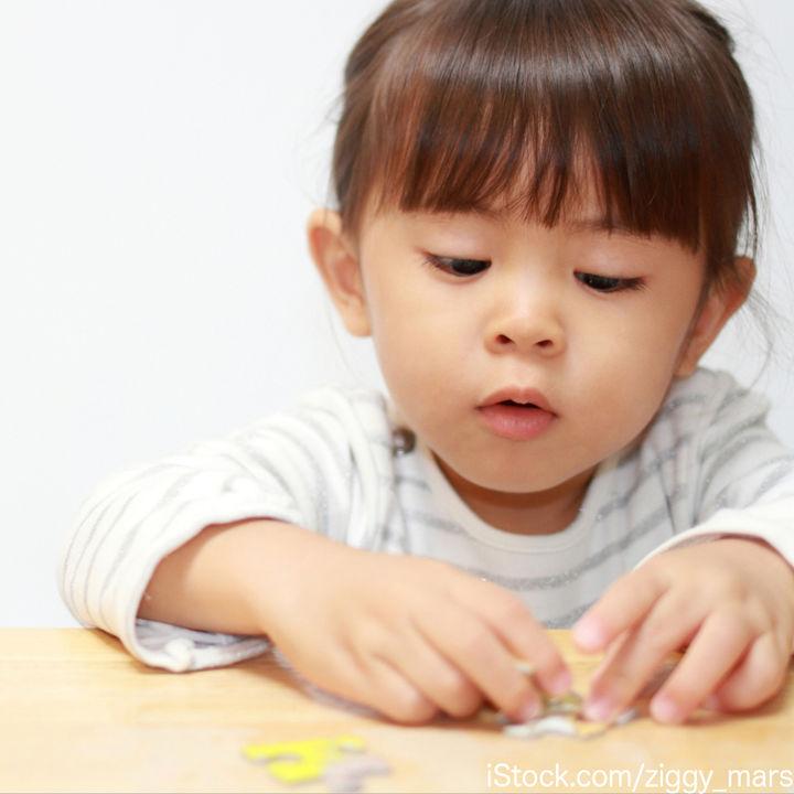 知育玩具のパズルを選ぶとき。ママたちに聞いた子どもといっしょに遊んだシーン