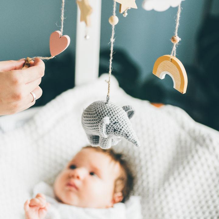 女の子の赤ちゃんのおもちゃ。選ぶポイントと実際に用意したもの