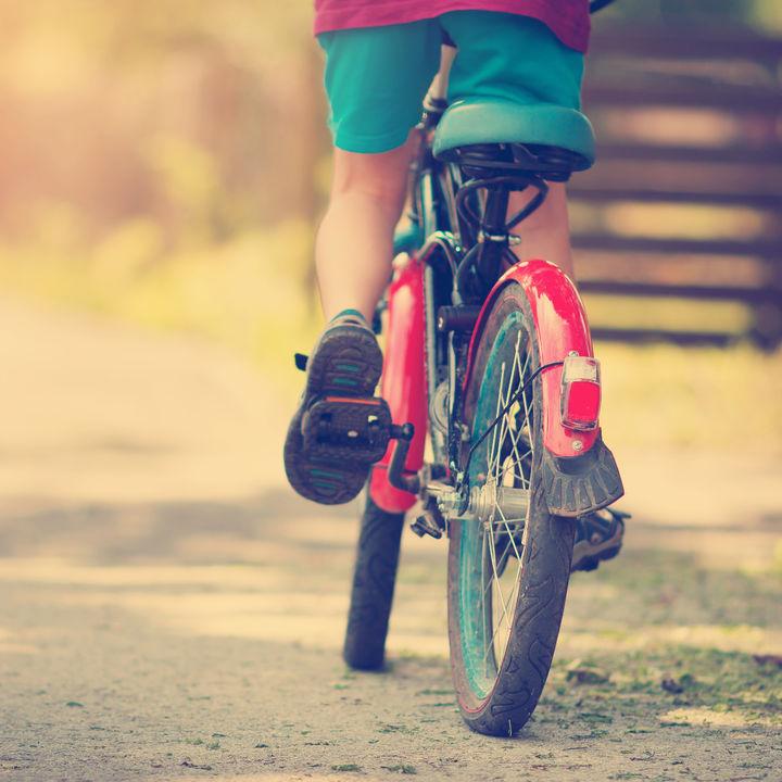 6歳児が乗る子ども用自転車のサイズ(インチ)や選び方