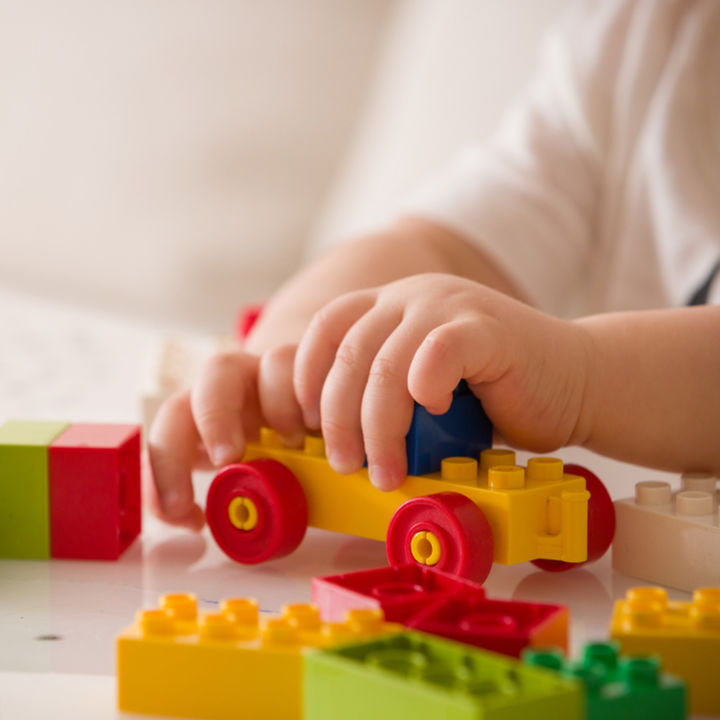 3歳児に選ぶブロック。遊び方や種類を選ぶ基準