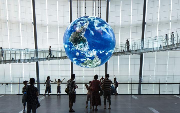 日本科学未来館 シンボル展示「ジオ・コスモス」