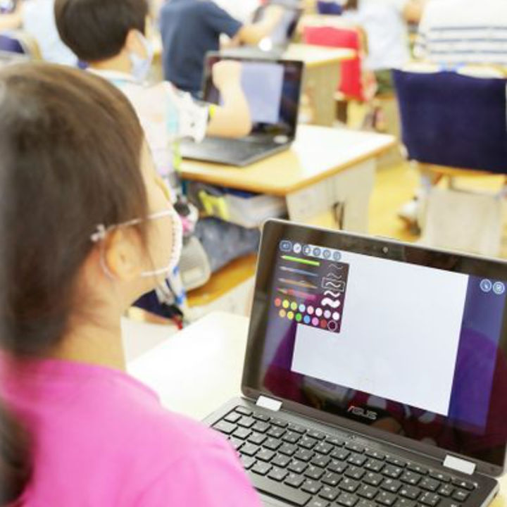 【AI時代の学校】目標は電子国家エストニア。従来の教室がなくなる未来