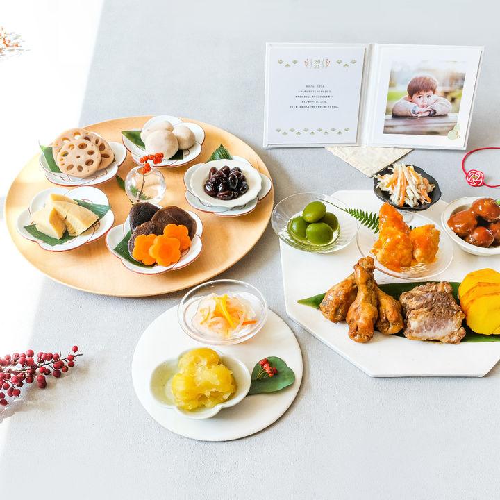「石井食品」と「OKURU」のコラボおせちが発売中