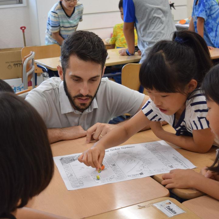 体験型英語学習施設が「英語で学ぶ」PBLコース(課題解決型学習)を開講