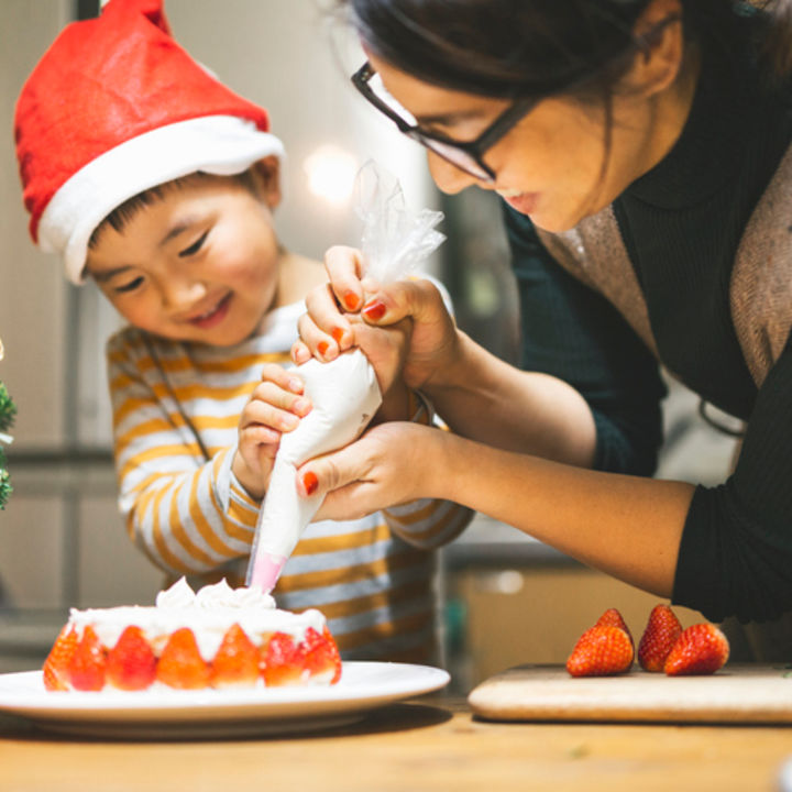 【厳選記事8選】子どもと楽しむクリスマスのホームパーティーアイディア