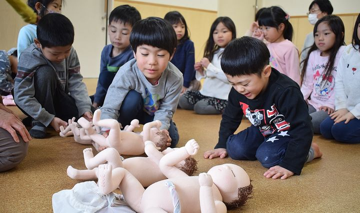 どろこんこ会グループの保育園での性教育クラス
