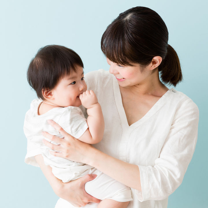 卒乳の進め方。ママたちが実践する卒乳の方法と悩みに対する工夫