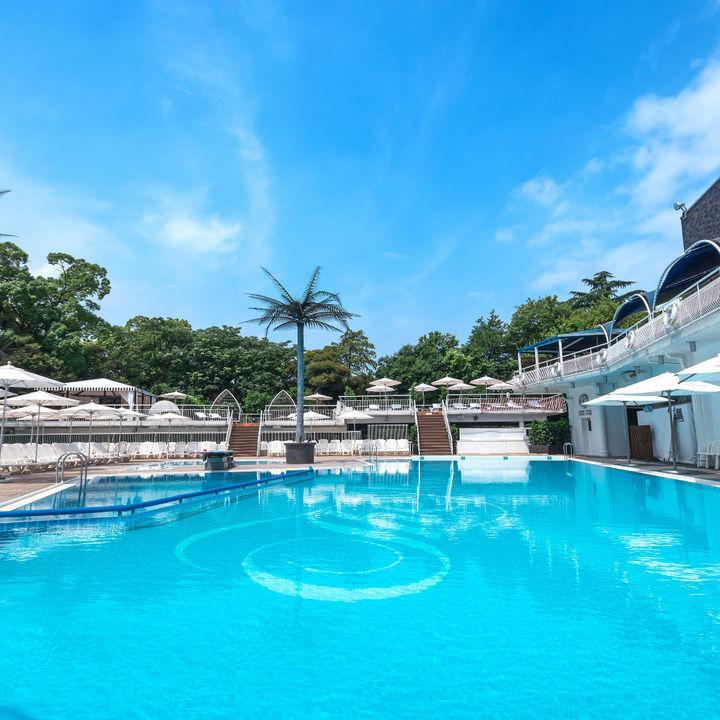 ホテルニューオータニの屋外プールがGWに完全予約制でオープン