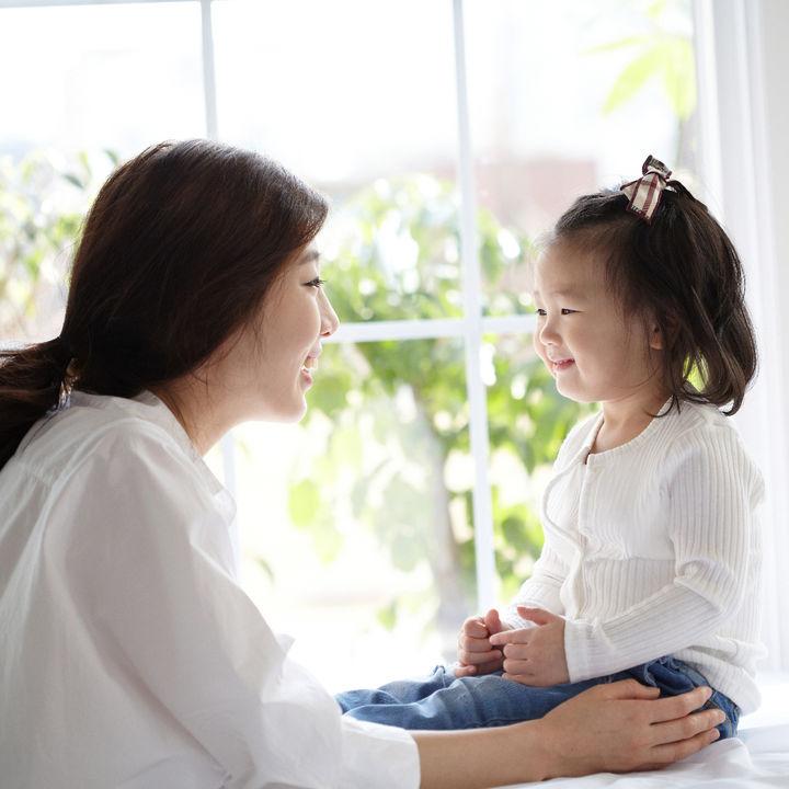子どもの自己肯定感を上げるための方法や、コミュニケーションで気を付けたいこと