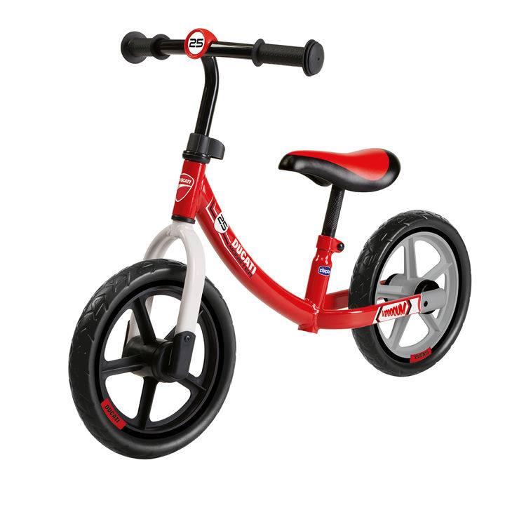 Ducati Red Bike/ドゥカティ レッドバイク 7,700円(税込)ホイールサイズ:12インチ、対象:身長85cm以上・体重25kg以下(2才~5才頃)※仕様の詳細は公式ウェブサイトにて確認要