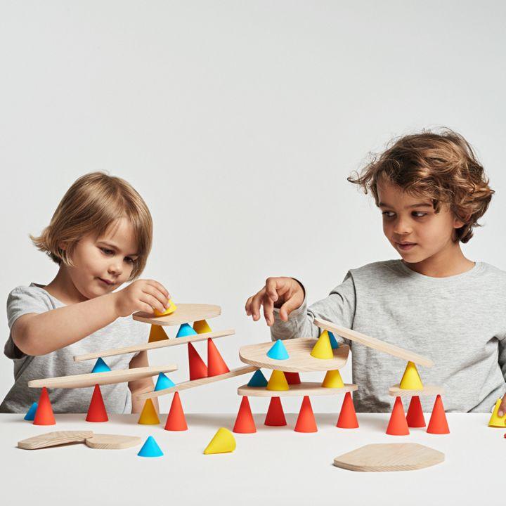 ADHD研究に基づいて開発された積み木の進化形おもちゃが日本上陸