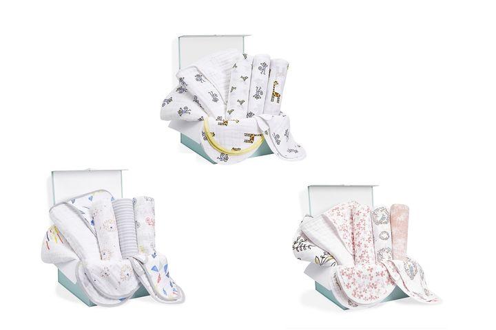 上/jungle jam newborn gift set、左下/leader of the pack newborn gift set、右下/birdsong newborn gift set 希望小売価格 各11,000円(税込)