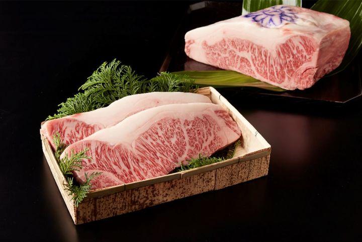神戸牛サーロイン21,600円(税込)
