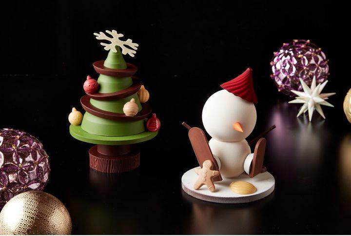 左/「チョコレート クリスマスツリー」、右/「チョコレート スノーマン」各3,500円(税込)