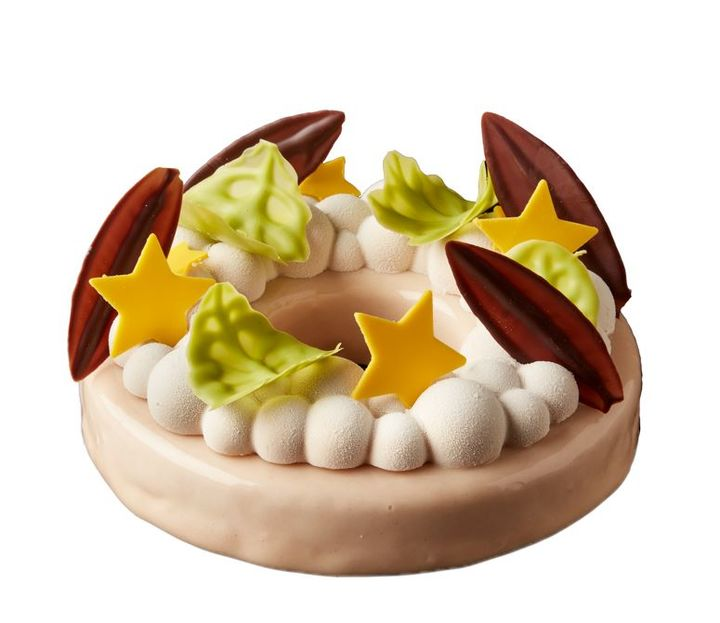 「クリスマスリース」7,200円(税込) 直径約17cm×高さ約3cm(ケーキ部分)