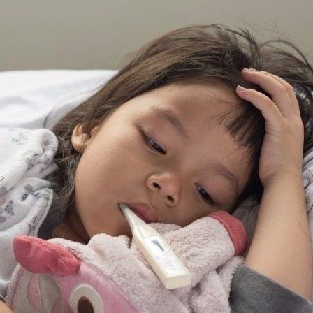 【小児科医監修】子どもの熱が下がらない!ママがやるべき3つのこと