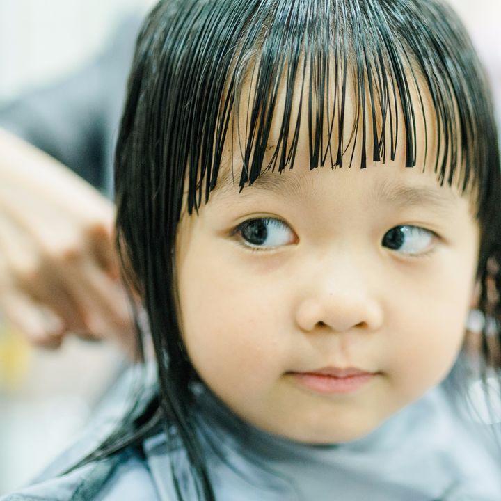 子どものヘアカット方法。自宅でする際に失敗しない方法や準備する物