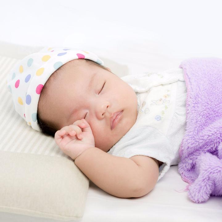 春夏秋冬、新生児の季節ごとの洋服の選び方とポイント