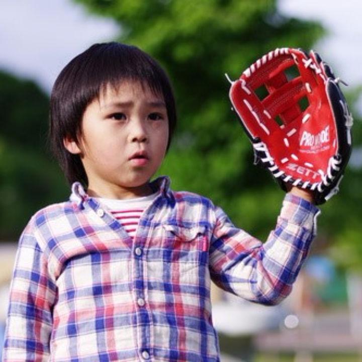 6歳児の男の子はどんなおもちゃが好き?外や室内で遊ぶおすすめのもの