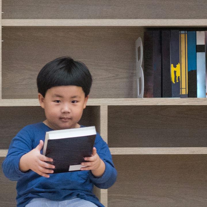 子ども部屋に本棚を置こう。本棚を置くメリットとおすすめの種類