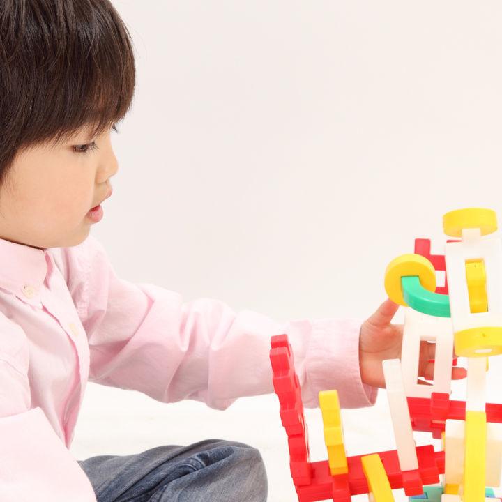 一から作る組み立ておもちゃの種類と子どもにとって作る遊びの大切さ
