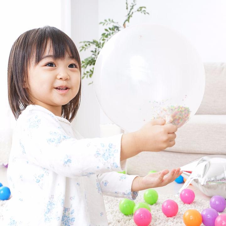 雨の日でも楽しく。2歳児の成長に役立つ室内遊びとゲーム