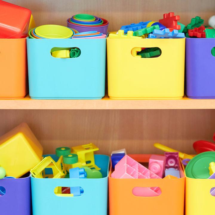 赤ちゃんのおもちゃを入れるボックスの使い方やアイデア