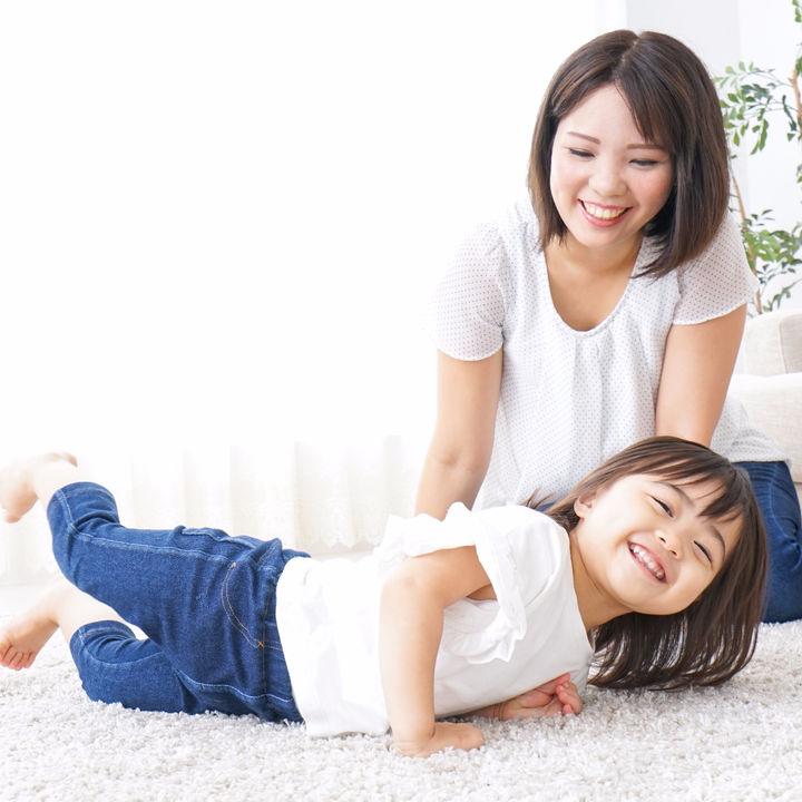 幼児期の子ども向け。室内でできる簡単なゲームやレクリエーション