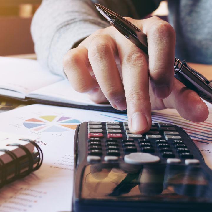 夫婦間のお金や住宅の贈与は贈与税の対象?贈与税がかかる場合とかからない場合を紹介
