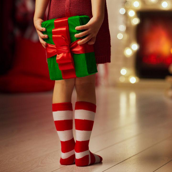 クリスマス会のプレゼント交換。2~6歳のプレゼントの選び方や予算