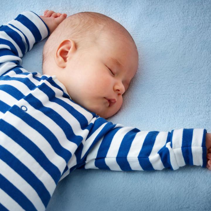 子どもを出産するともらえる児童手当の金額はいくら?支給月と支給日も確認