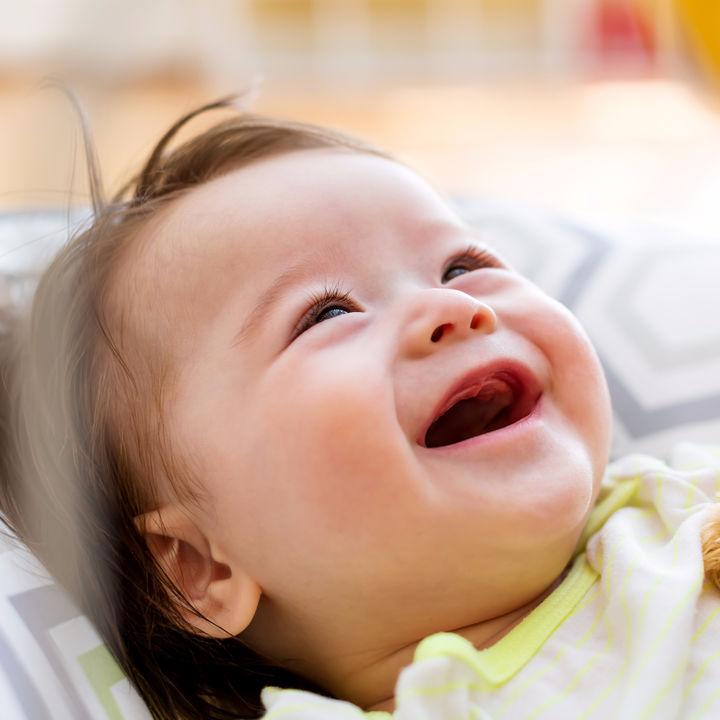 0歳の育児にかかる費用はいくら?月平均の育児費用をシミュレーション