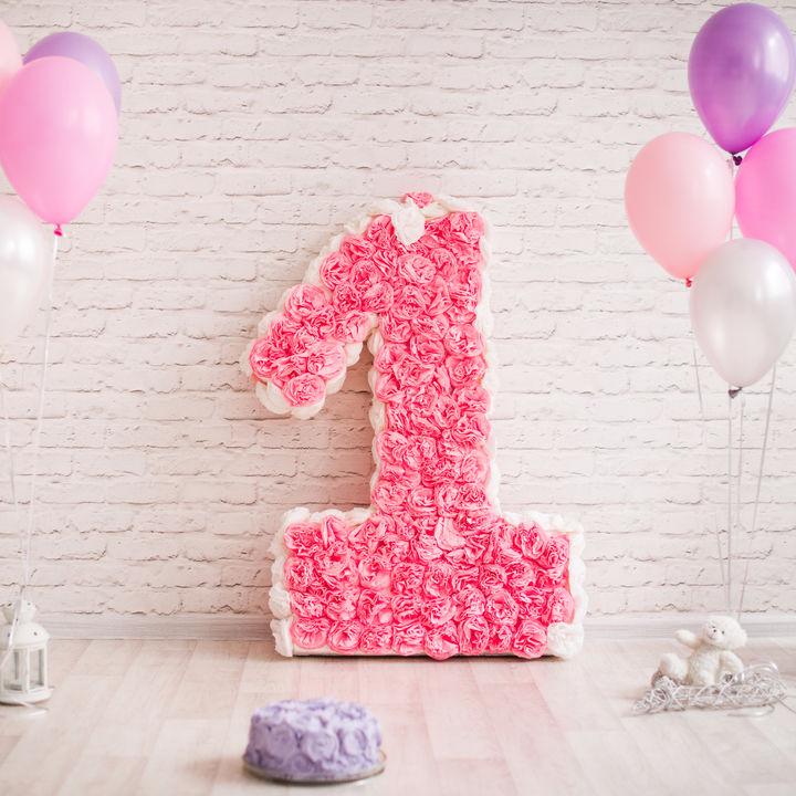 子どもの1歳の誕生日のお祝い。ママたちにきく、やってよかったこと