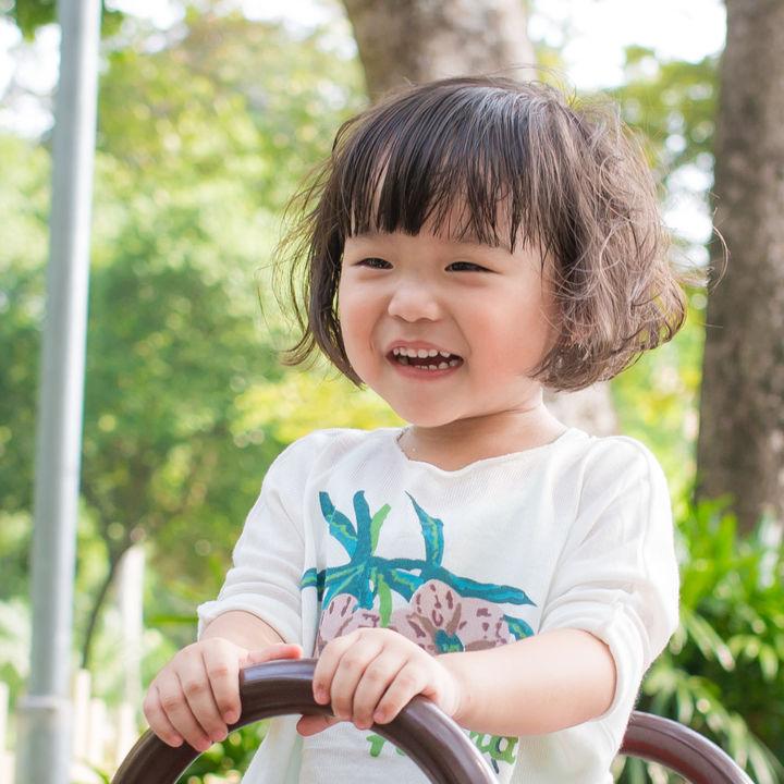 子どもが喜ぶ遊びとは。室内遊び、集団遊び、外遊びなど