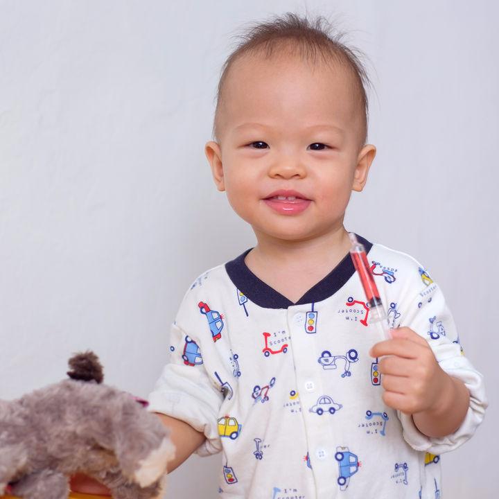 1歳の誕生日をお祝いしよう!男の子にぴったりなプレゼントを紹介