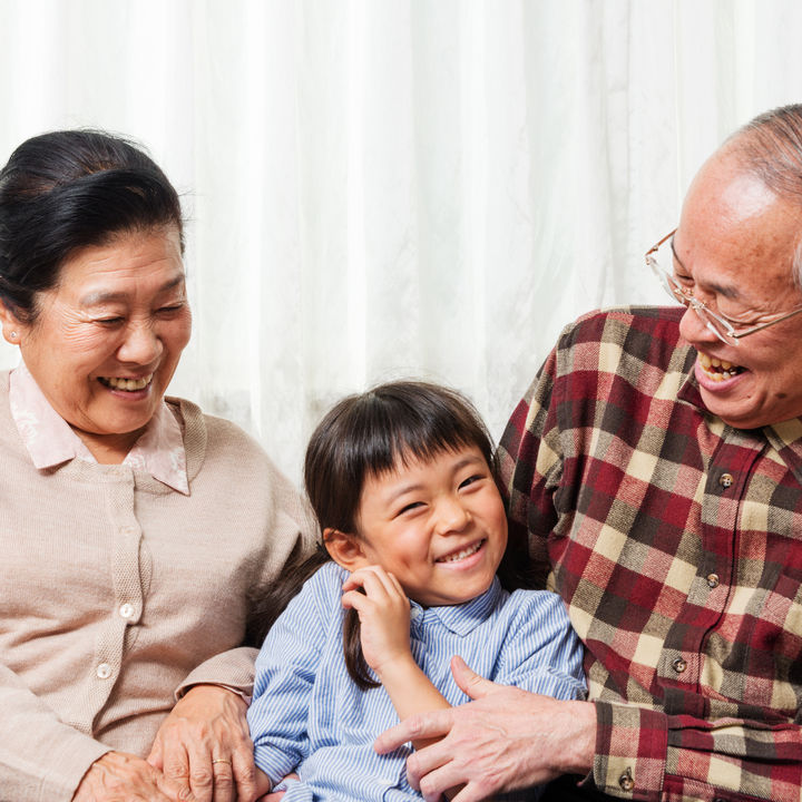 祖父母と孫の気になる関係性。気を張らない関わり方や交流の仕方