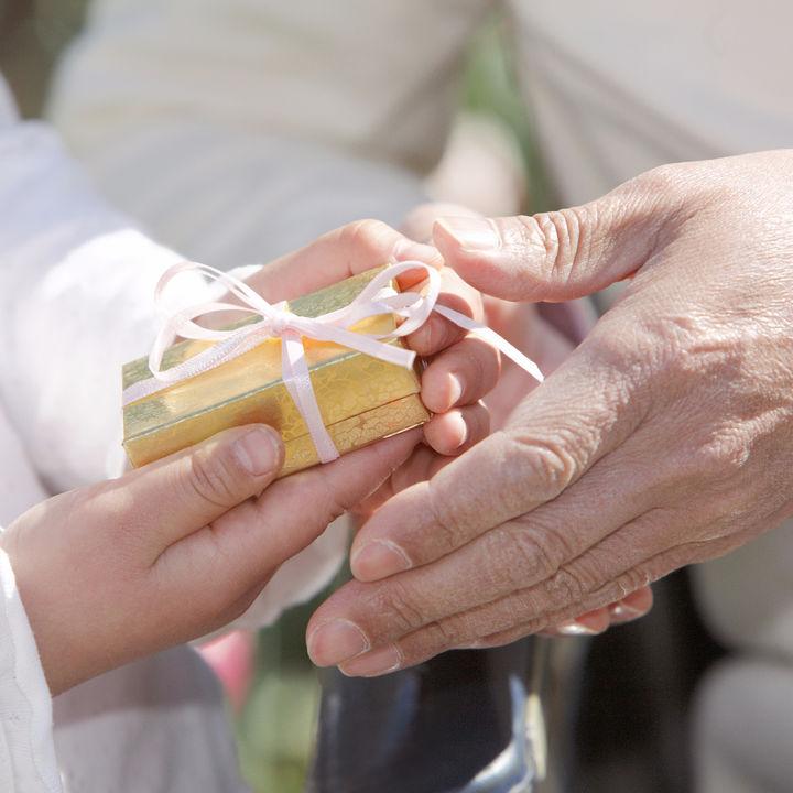 祖父母から孫への誕生日プレゼント・クリスマスプレゼント、何をお願いする?