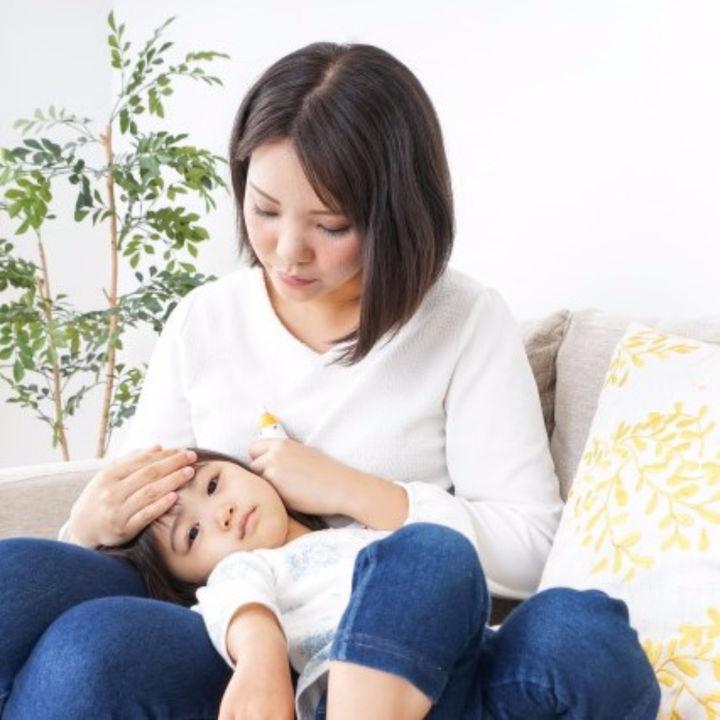 【小児科医監修】溶連菌感染症の検査や感染症状、対応など知っておくべき5つのポイント