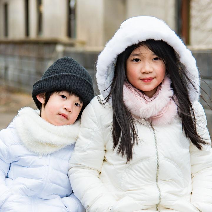 子ども服のアウター選び。種類やサイズ、年齢別のポイント